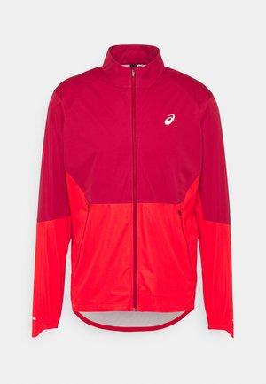 VENTILATE JACKET - Soft shell jacket - burgundy/electric red