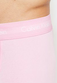 Calvin Klein Underwear - TRUNK 3 PACK - Pants - blue - 4