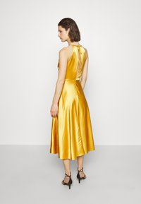 Samsøe Samsøe - RHEA DRESS - Cocktailkjole - mineral yellow - 2