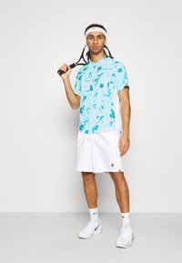 Nike Performance - DRY VICTORY  - Camiseta estampada - copa/white - 1