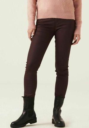 Trousers - tawny port