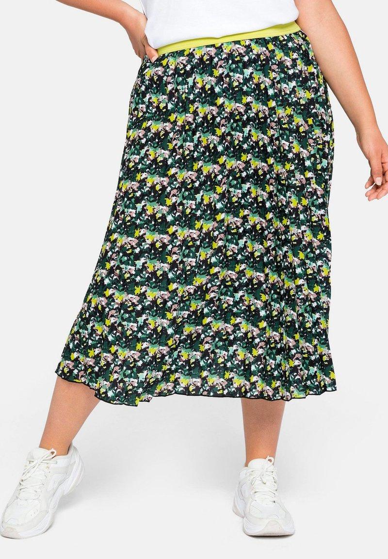 Sheego - A-line skirt - tiefgrün gemustert