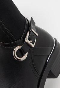 Dorothy Perkins - KIKKA FORMAL RIDING BOOT STRETCH BACK - Boots - black - 2