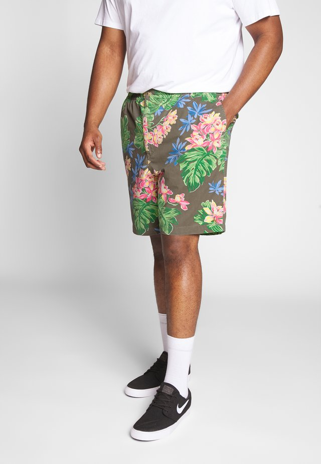CLASSIC FIT PREPSTER - Shorts - surplus tropical