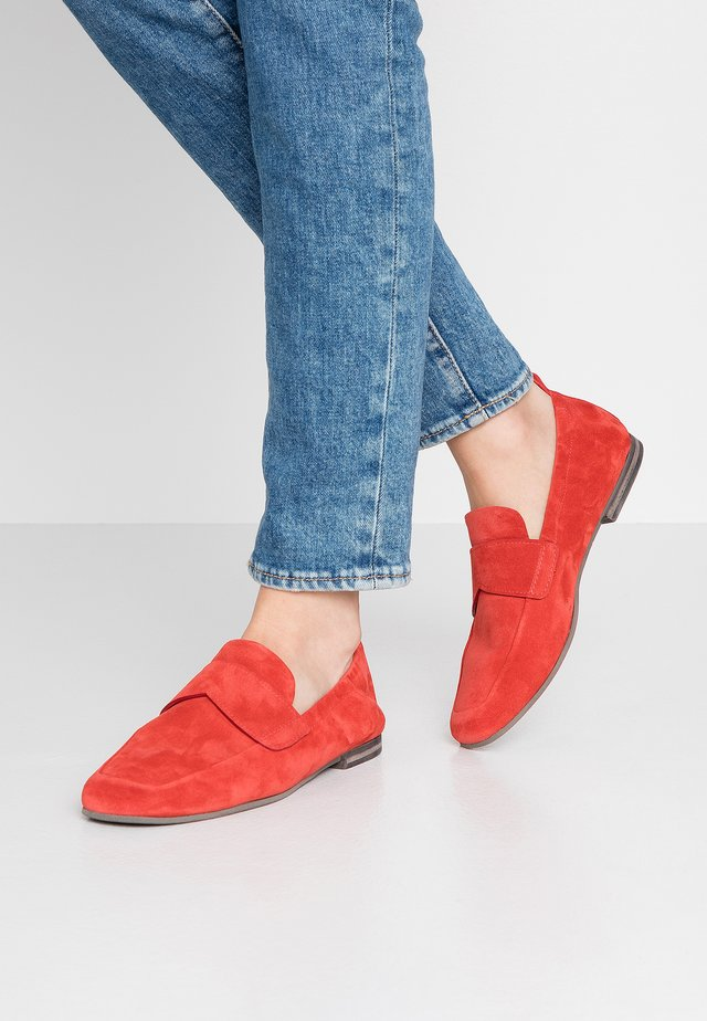 NINA - Loafers - coral