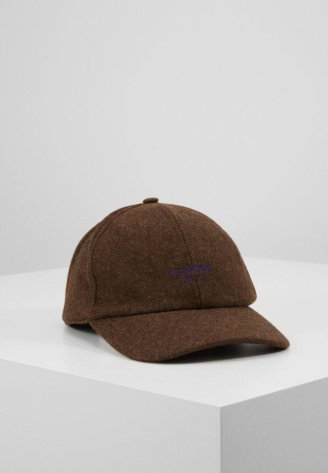 Czapka z daszkiem - fallow brown