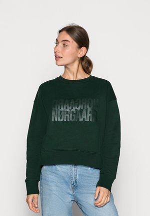 ORGANIC TILVINA - Sweatshirts - scarab