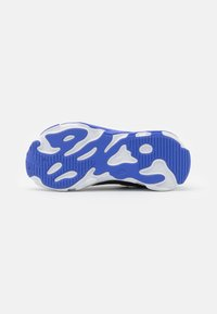 Nike Sportswear - RT LIVE UNISEX - Sneakers basse - dark smoke grey/sunset pulse/smoke grey/sapphire - 4