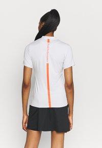 Peak Performance - TURF ZIP - Print T-shirt - antarctica - 2