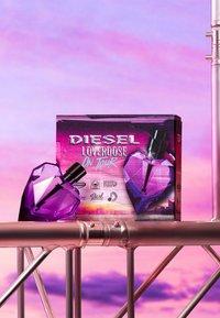 Diesel Fragrance - LOVERDOSE EAU DE PARFUM VAPO - Eau de Parfum - - - 3