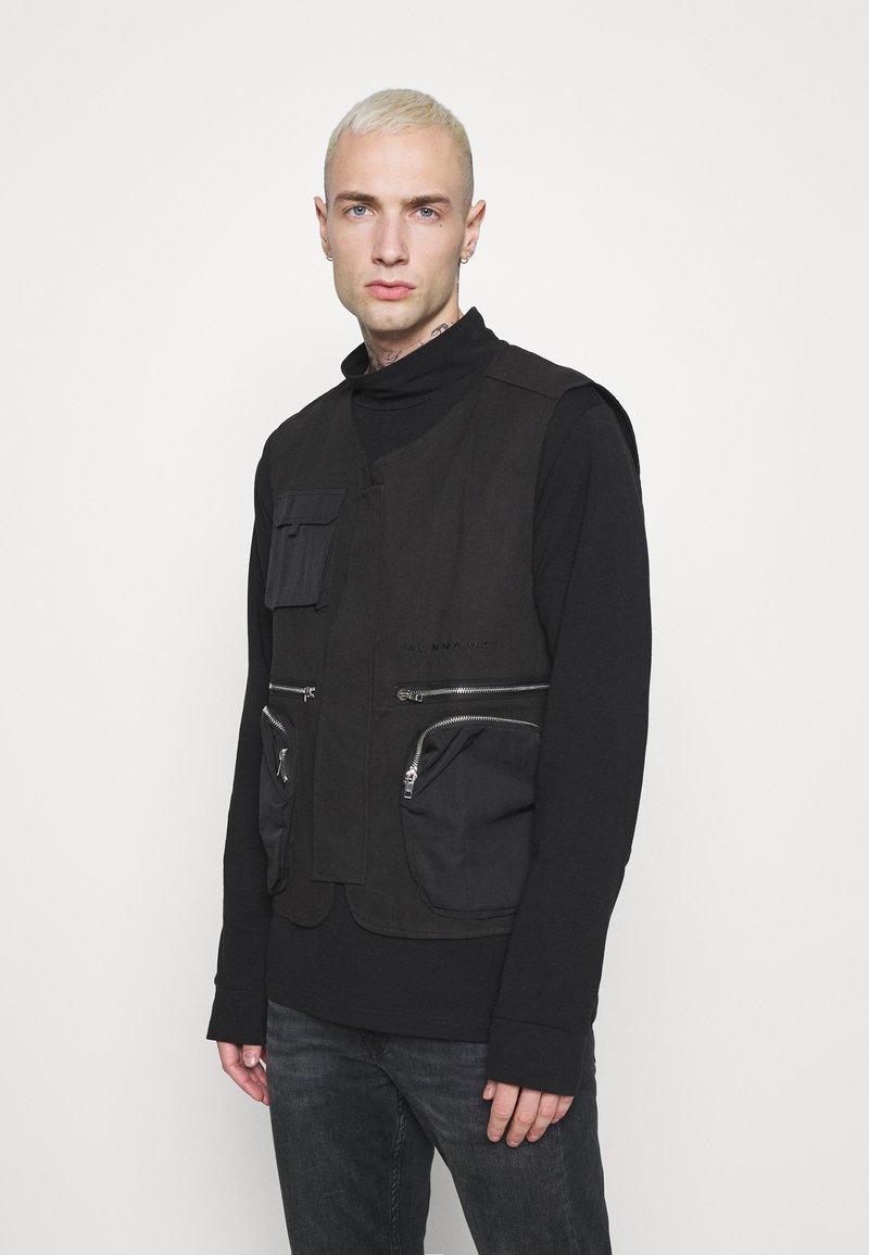 Mennace - CARGO POCKET UTILITY VEST - Waistcoat - black