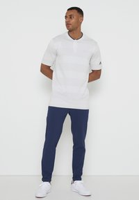 adidas Golf - PRIME - Triko spotiskem - white/grey - 3