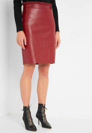 Pencil skirt - weinrot