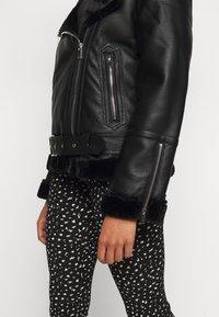Topshop Petite - CASSY - Faux leather jacket - black - 6