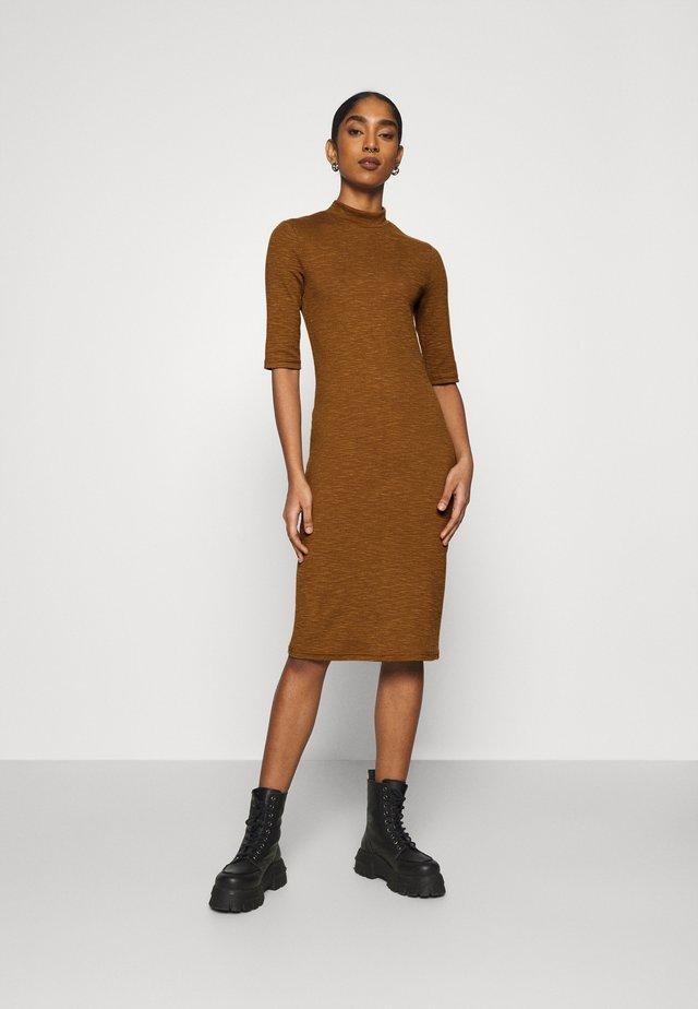 ONLJOANNA DRESS  - Etui-jurk - rubber