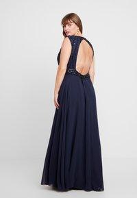 Lace & Beads Curvy - DOTTY MAJE - Vestido de fiesta - navy - 2