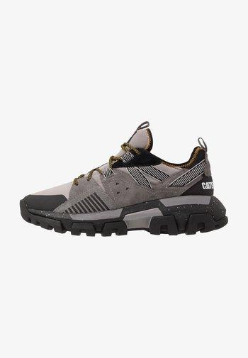 RAIDER SPORT - Sneakersy niskie - cloudburst/black