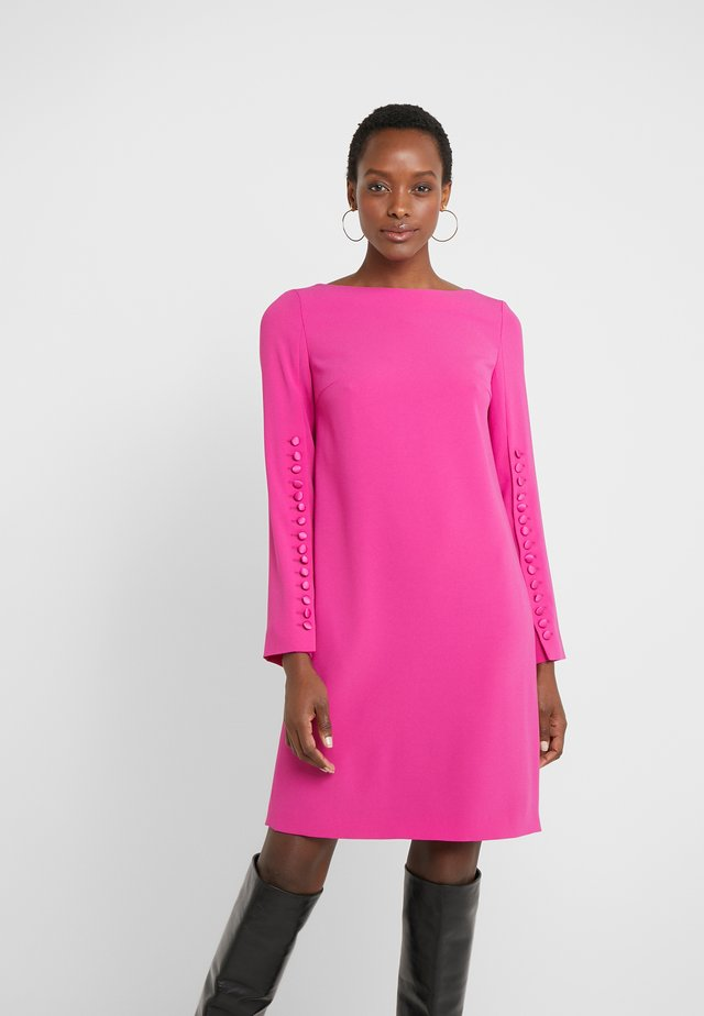 DEHVA - Day dress - fuchsia