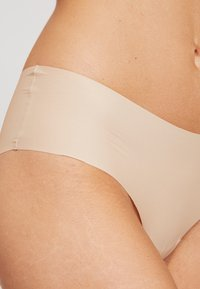 Esprit - CAIRNS BRAZILIAN HIPSTER BRIEFS 2 PACK - Underbukse - dusty nude - 4