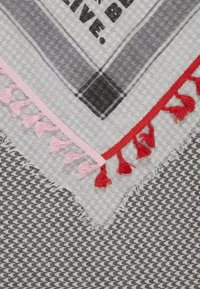 Codello - KISS FROM A ROSE - Foulard - off white - 2