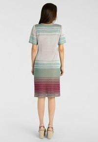 Apart - Vapaa-ajan mekko - puder-multicolor - 2