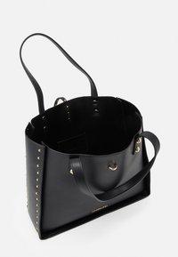 Trussardi - DAFNE SHOPPING SET - Shopping bag - black - 3