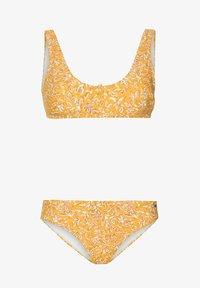 Protest - Bikini - sun rays - 5
