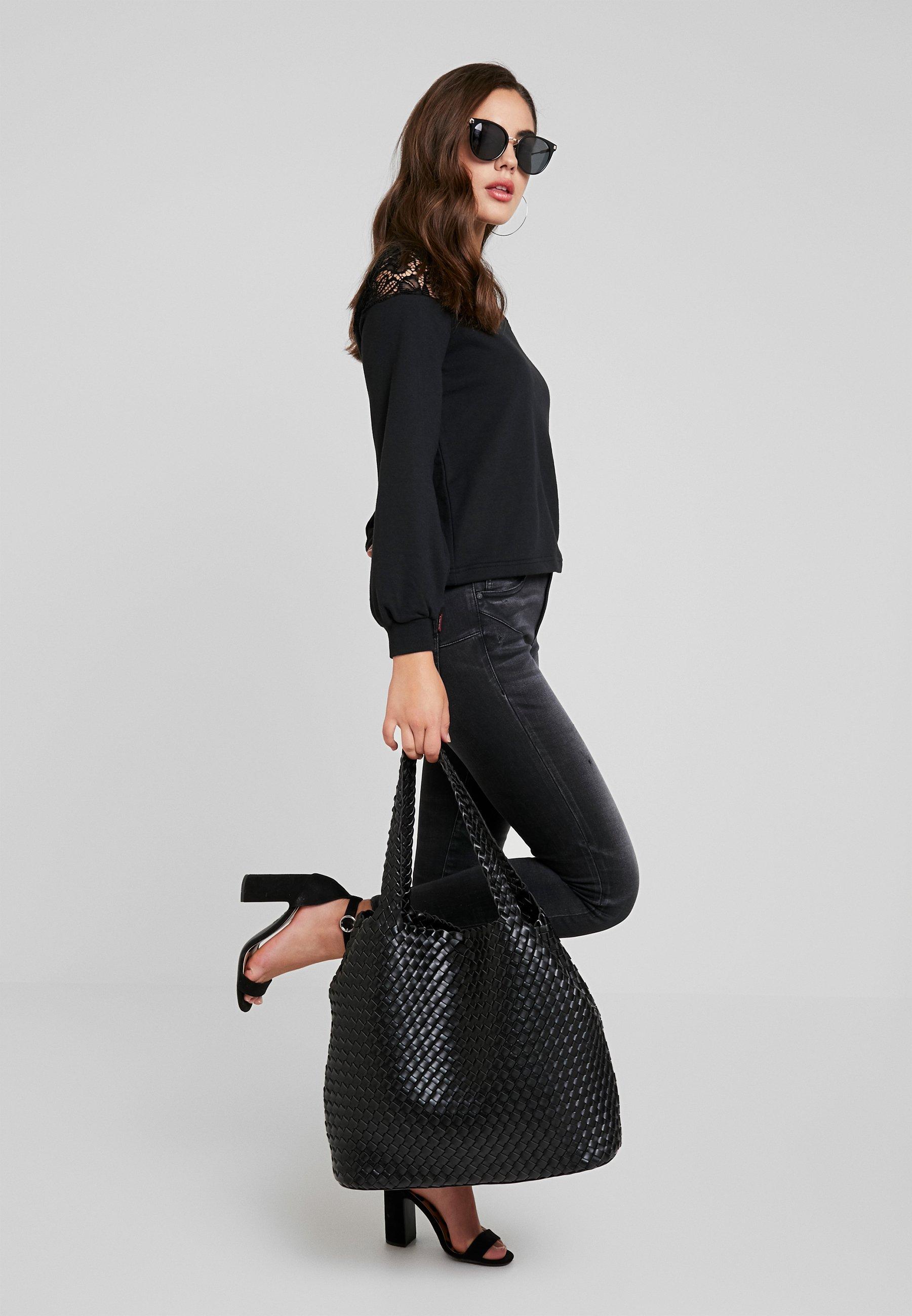Women ONLCATALINA O NECK PLAIN - Sweatshirt