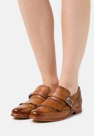 SELINA 2 - Slippers - tan/white/natural