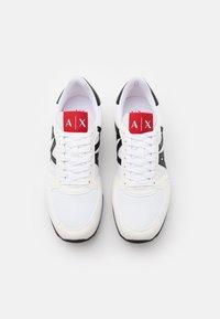 Armani Exchange - RIO - Sneakersy niskie - white/red/blue - 3