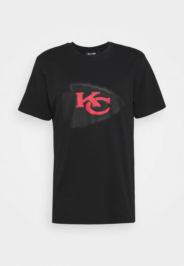 NFL KANSAS CITY CHIEFS QUICK TURN TEE - Klubové oblečení - black