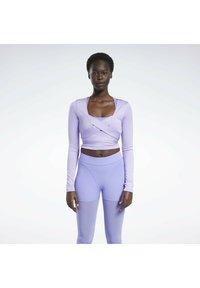 Reebok Classic - CARDI B  - Long sleeved top - purple - 0