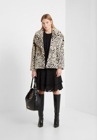 Diane von Furstenberg - JORDAN - Light jacket - black/ivory - 1