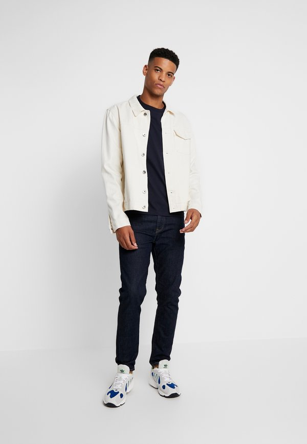 Calvin Klein CHEST LOGO - T-shirt basic - calvin navy/granatowy Odzież Męska OMOA