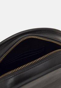 Polo Ralph Lauren - HALF MOON - Across body bag - black - 3