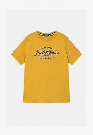 JORLARS CREW NECK - Print T-shirt - spicy mustard