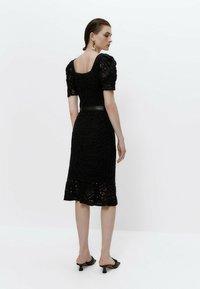 Uterqüe - A-line skirt - black - 2