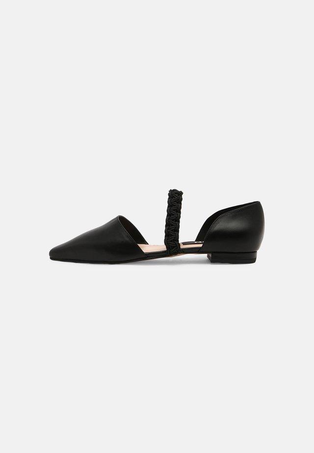 Ballerina's met enkelbandjes - black