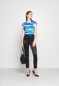 Love Moschino - Print T-shirt - light blue - 1