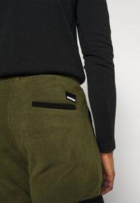 Solid - CARGO - Pantaloni sportivi - ivy green - 3