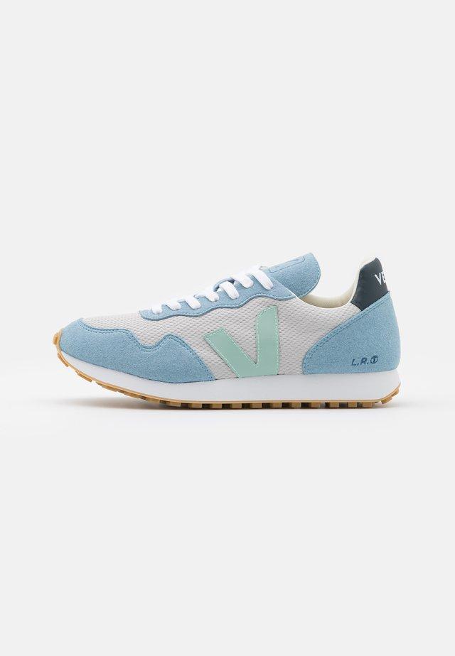 SDU REC - Sneaker low - light grey/matcha steel