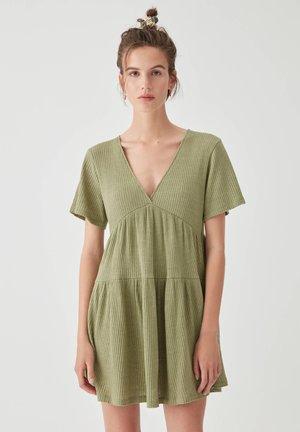 Sukienka dzianinowa - khaki