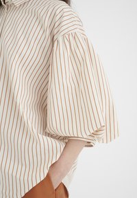 InWear - YOKOIW - Button-down blouse - honey stripe - 3