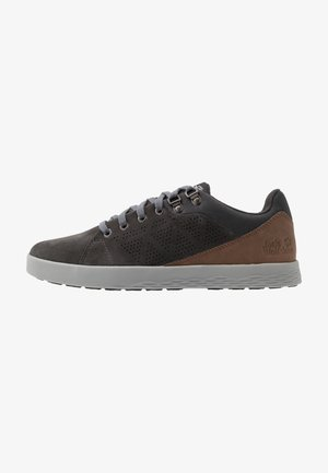 AUCKLAND LOW  - Walking trainers - phantom/desert brown