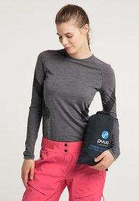 PYUA - Snowboard jacket - black - 4