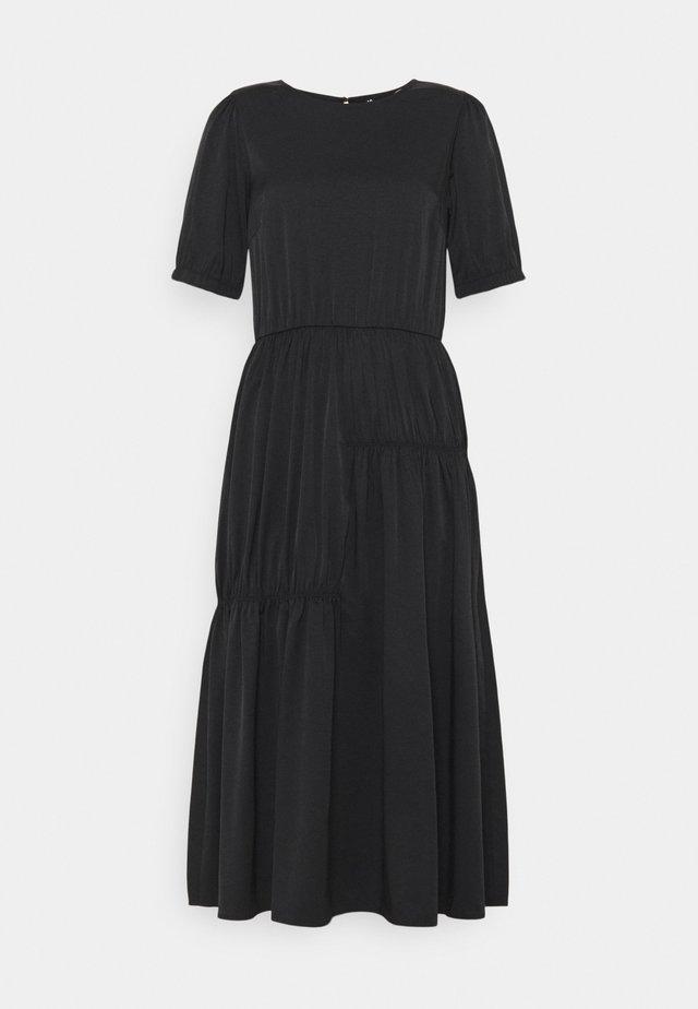PCGIANA DRESS - Denní šaty - black