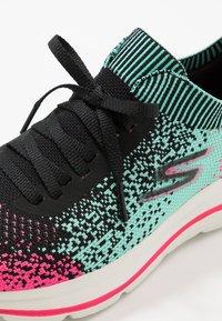 Skechers Performance - GO WALK STRETCH FIT - Zapatillas para caminar - black/multicolor - 5