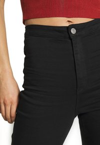 Missguided - VICE HIGH WAISTED - Jeans Skinny Fit - black - 3