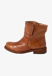 Felmini Wide Fit - GREDO - Korte laarzen - cognac - 1