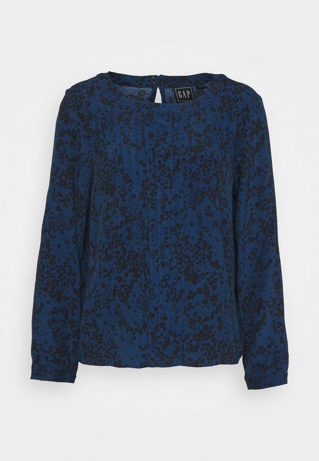 WOVEN PINTUCK TEE - Blouse - blue